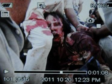 gaddafi-caught.jpg