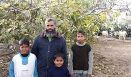 Abu-Taima-family.jpg