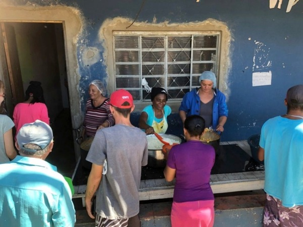 02 Community Kitchen 1