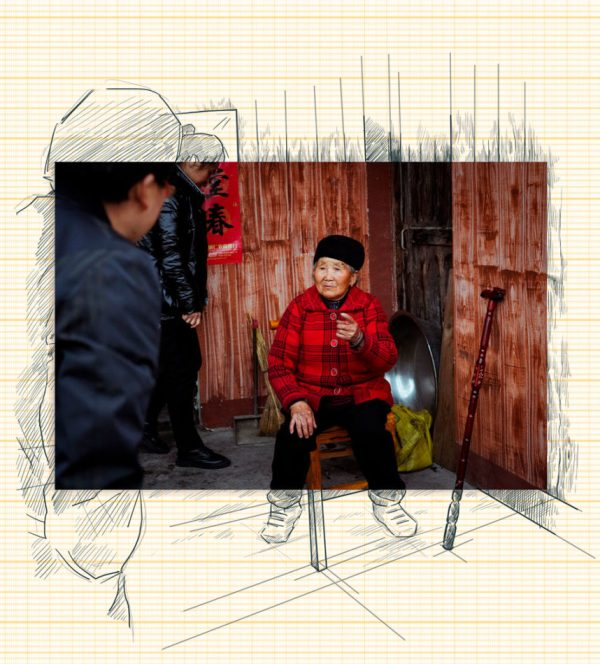 03 First Secretary Liu Yuanxue speaks with a local villager during routine home visits in the village of Danyang Wanshan District Guizhou Province April 2021 e1628101195355